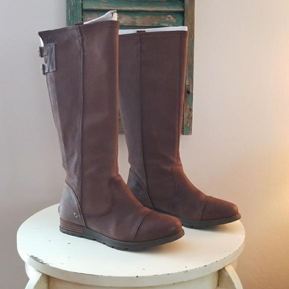896146829d3 Sorel Womens Major Tall Boots in Tobacco. M_5a7b4d4ea4c485bfd884de81